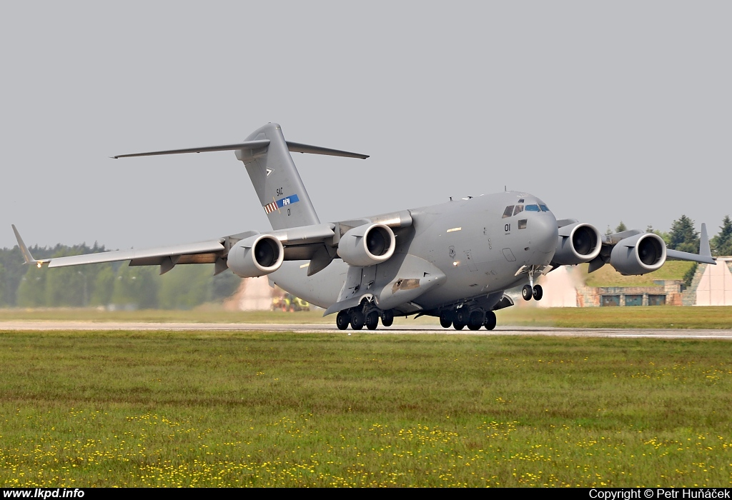 Hungary Air Force – McDonnell Douglas C-17A Globemaster 01