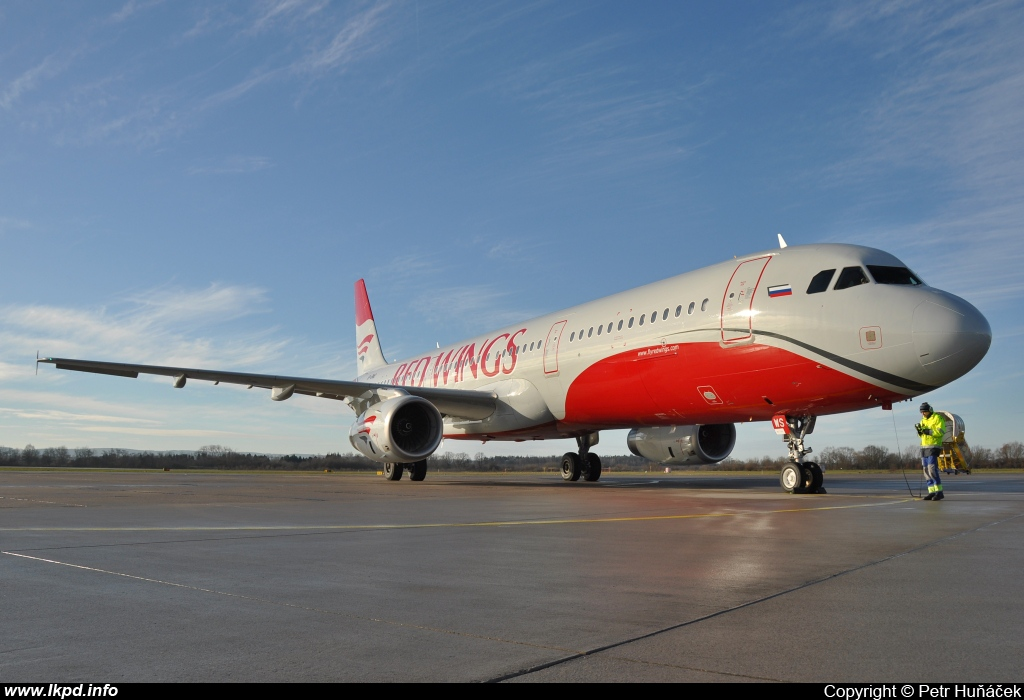 Red Wings – Airbus A321-231 VP-BWS