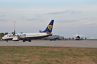 Ryanair – Boeing B737-8AS EI-EMB